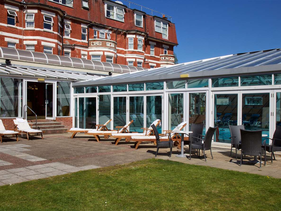 Flude Commercial act in Bournemouth hotel acquisition