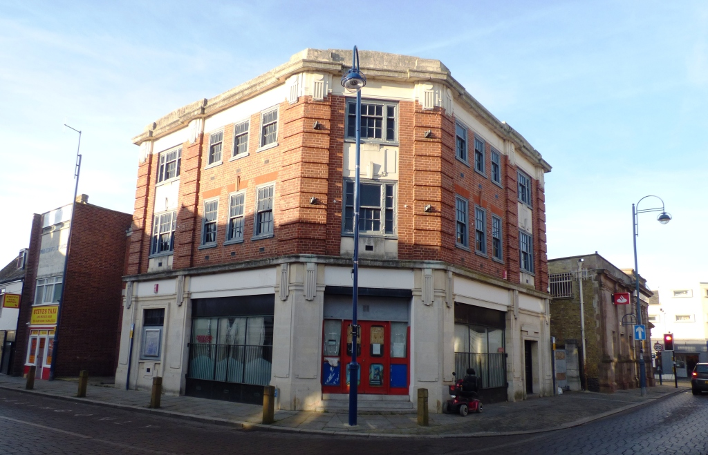 Swift sale ensures new premises for insurance specialists
