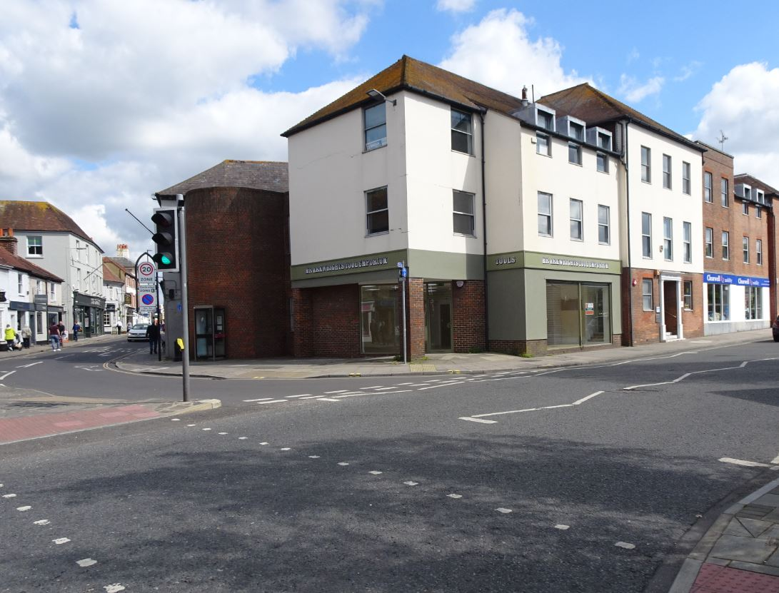 Flude Property Consultants confirm another letting