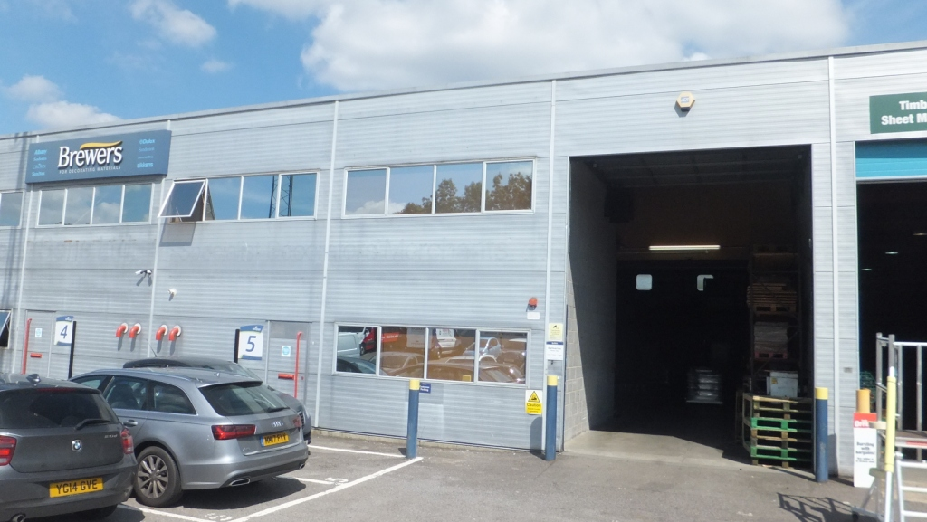 Warehouse letting completes in Gillingham, Kent