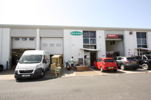 Industrial letting completed in Portsmouth